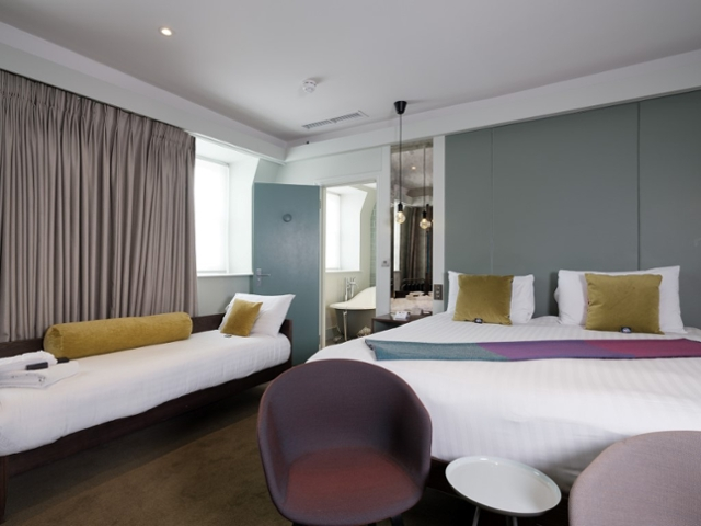 Arbor Hyde Park Hotel - Superior triple (2 adults and 1 child)